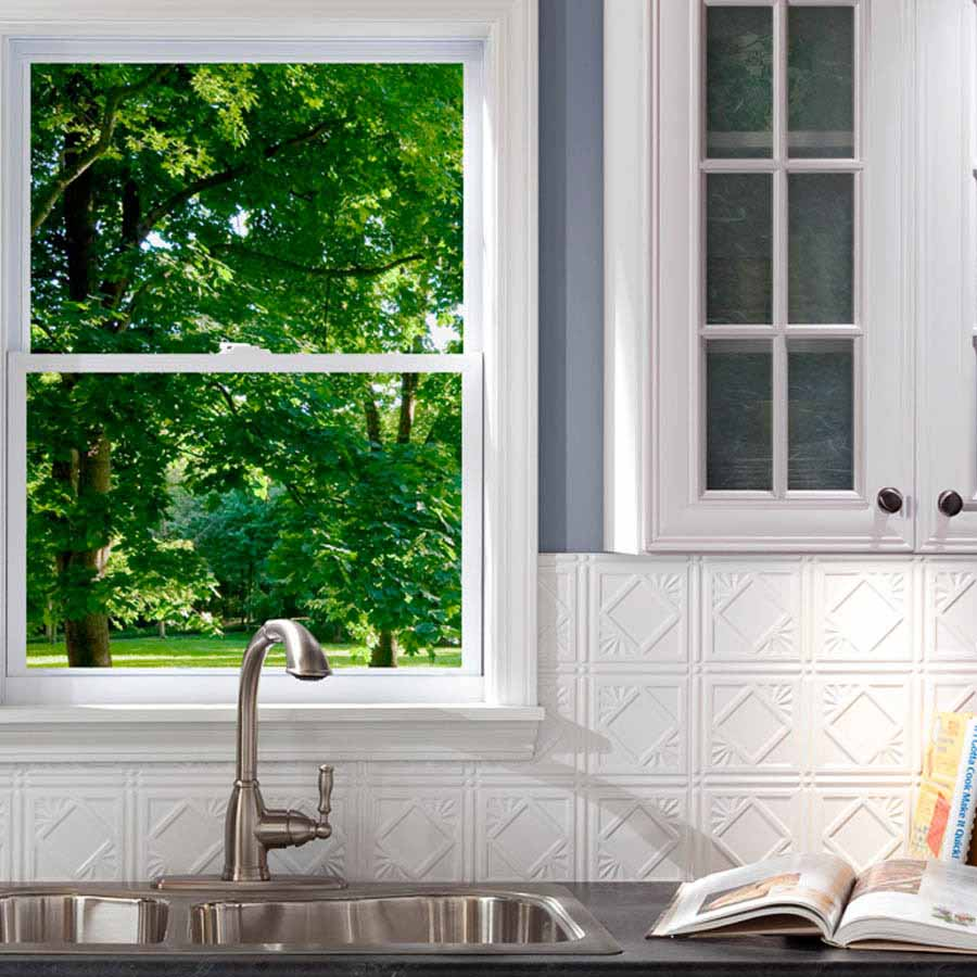 Fasade Backsplash - Traditional 4 in Gloss White